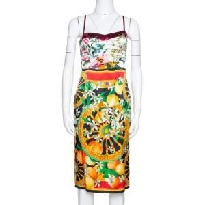 فستان دولتشي أند غابنا ساتان حرير مطبوع ليمون و مورد متعدد الألوان مقاس صغير (سمول)