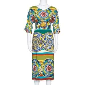 فستان دولتشي أند غابانا كريب مطبوع متعدد الألوان مقاس كبير (لارج)