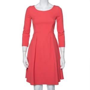 فستان امبوريو أرماني ميني تفاصيل بطية كريب وردي مقاس صغير