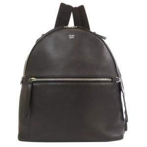 حقيبة ظهر فندي باي ذا واي جلد سوداء