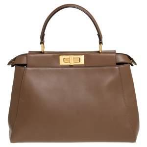 حقيبة فندى يد علوية بيكابو متوسطة جلد بنية