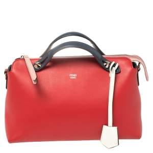 حقيبة فندي باي ذا واي بوسطن صغيرة جلد أزرق/ أحمر