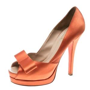 Fendi Orange Satin Deco Bow Peep Toe Platform Pumps Size 40