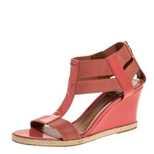 Fendi Coral Patent Leather And Elastic Fabric T-Strap Espadrille Wedge Sandals Size 37
