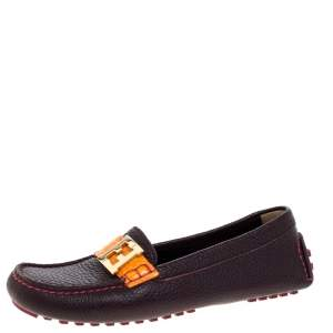 Fendi Burgundy Textured Leather FF Logo Loafers Size 37