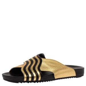 Fendi Gold Edition Black/Gold Leather Wave Pattern Flat Slides Size 39