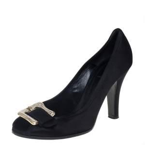 حذاء كعب عالى فندى سليب أون زخرفة كريستال ساتان أسود مقاس 40.5
