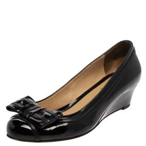 Fendi Black Patent Leather Bow Detail Wedge Pumps Size 37.5