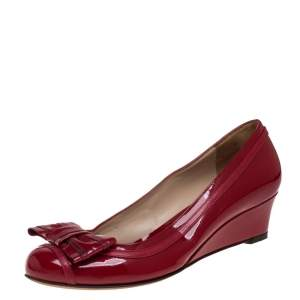 Fendi Red Patent Leather Bow Detail Wedge Pumps Size 37.5
