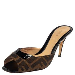 Fendi Brown Zucca Canvas And Black Patent Leather Slide Sandals Size 36