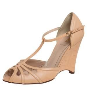 Fendi Beige Leather T-strap Sandals Size 39