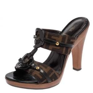 Fendi Brown/Black Zucca Canvas And Patent Leather Trim Embellished Slide Sandals Size 35.5