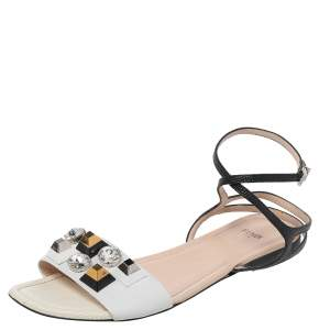 Fendi White/Black Lizard Embossed Leather Studded Ankle Strap Flat Sandals Size 41