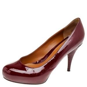 حذاء كعب عالي فندي جلد أحمر لامع  بنعل سميك مقاس 39