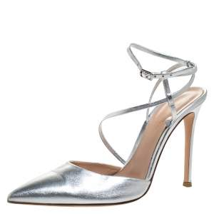 Gianvito Rossi Silver Leather Pointed Toe Ankle Strap Sandals Size 39