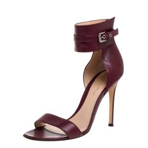 Gianvito Rossi Burgundy Leather Ankle Cuff Buckle Open Toe Sandals Size 38.5