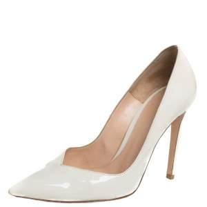 Gianvito Rossi Cream Patent Leather Pointed Toe Pumps Size 35