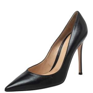 Gianvito Rossi Black Leather  Pointed Toe Pumps Size 40