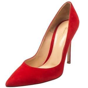 حذاء كعب عالي جيانفيتو روسي سويدي أحمر بمقدمة مدببة مقاس 39