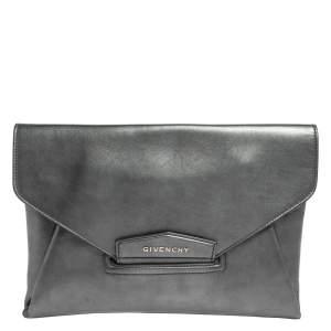 Givenchy Metallic Silver Leather Medium Antigona Envelope Clutch