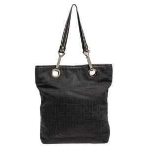حقيبة يد توتس جيفنشي نايلون بالشعار وحواف من الجلد سوداء