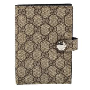 Gucci Beige GG Supreme Canvas Passport Cover