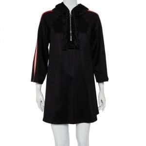 فستان بلوفر غوتشي جيرسيه أسود بالشعار كشكشة بالرقبة هودي نمط واسع مقاس صغير جدًا - إكس سمول