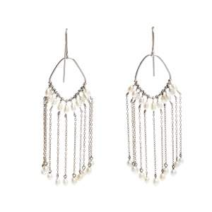 Gucci Pearl Bead 18k White Gold Hook Tassel Dangle Earrings