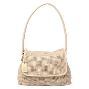حقيبة صغيرة مع حقيبة كتف غوتشي جلد مخرمة بيج
