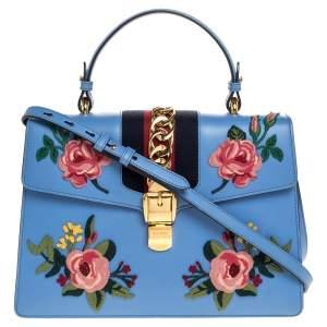 حقيبة غوتشي يد علوية سيلفي متوسطة جلد مطرزة زهور زرقاء