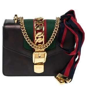 حقيبة كتف غوتشي سيلفي بسلسلة ويب ميني جلد سوداء