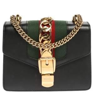 """حقيبة كتف غوتشي """"سيلفي"""" سلسلة ويب صغيرة جلد سوداء"""