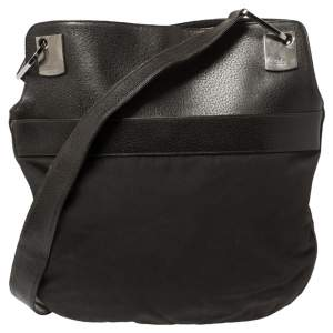 Gucci Black Nylon and Leather Vintage Hobo