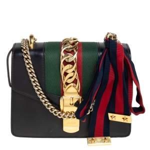 حقيبة كروس غوتشي ويب ميني سيلفي جلد أسود صغيرة بسلسلة