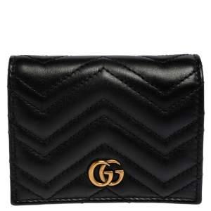 حافظة بطاقات غوتشي مارمونت GG جلد ماتيلاس سوداء