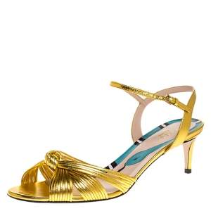 Gucci Gold Leather Crawford Ankle Strap Sandals Size 38.5