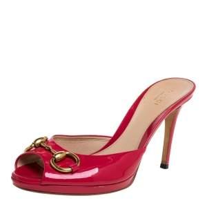 Gucci Fuchsia Patent Leather Horsebit Sandals Size 37