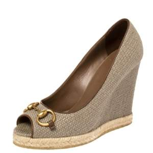 Gucci Maple Brown Straw Charlotte Horsebit Wedge Pumps Size 36