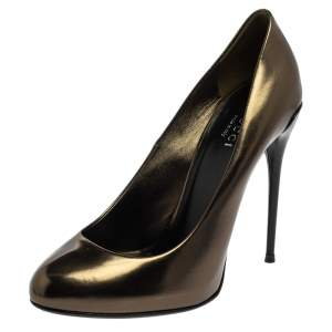 Gucci Metallic Green Patent Leather Round Toe Pumps Size 37