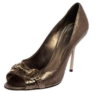 حذاء كعب عالي غوتشي جلد ثعبان بني هورسبيت مقاس 38.5