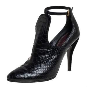 حذاء بوت للكاحل غوتشي جلد ثعبان أسود مقاس 41.5