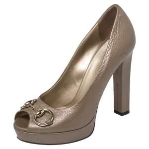 Gucci Metallic Beige Leather Horsebit Peep Toe Platform Pumps Size 37