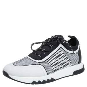 حذاء رياضي هيرمس أديكت سويدي وقماش تريكو أبيض/أسود مقاس 38.5