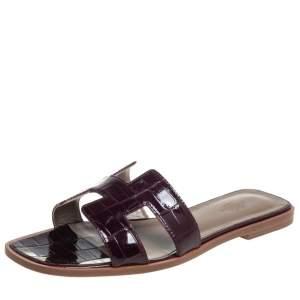Hermes Burgundy Alligator Leather Oran Flat Slides Size 38