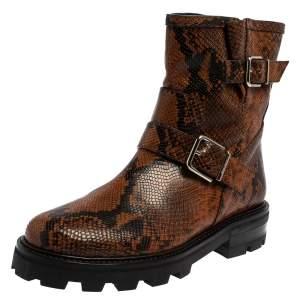 حذاء بوت كاحل جيمي تشوجلد نقشة الثعبان أسود و بني مقاس 40