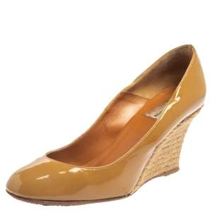 Lanvin Beige Patent Leather Wedges Pumps Size 37