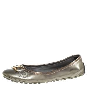 Louis Vuitton Grey Patent Leather Oxford Slip On Ballet Flat Size 39