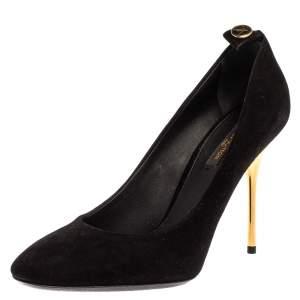 Louis Vuitton Black Suede Round Toe Pumps Size 38.5