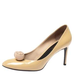Louis Vuitton Beige Patent Leather Betty Pumps Size 39