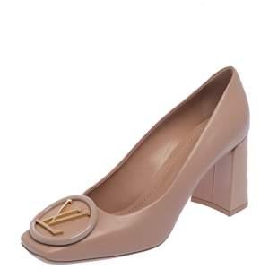 حذاء كعب عالي لوي فيتون ماديلين مقدمة مربعة جلد لامع وردي مقاس 38
